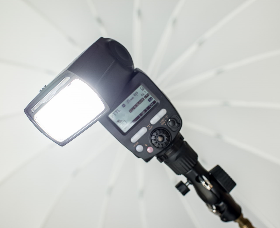 How to get the most amazing portrait photos ever and transfer these files: use speedlight