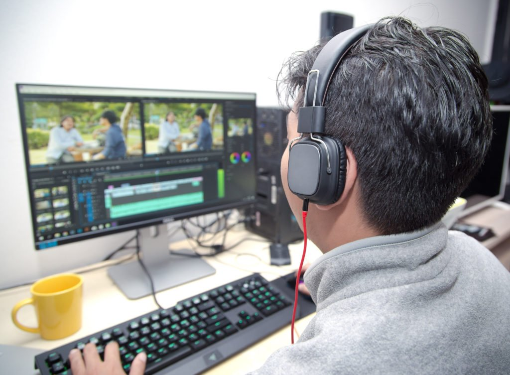 Tips for professional video editing will help you create and send large video files: faster way to edit videos