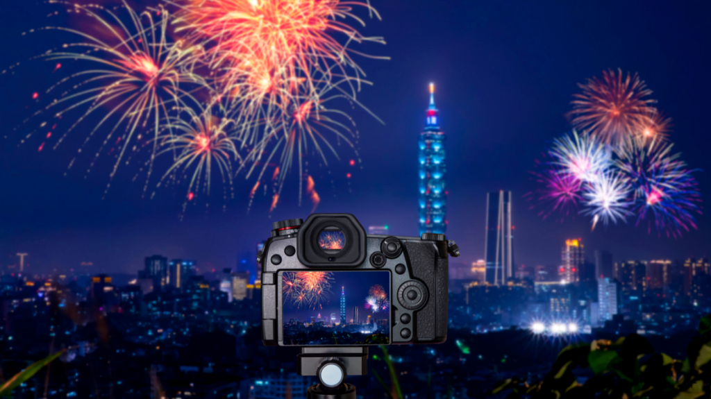 Easy steps for becoming a master in fireworks photography and learning the best way to send large files: how to choose the best time for taking fireworks shots