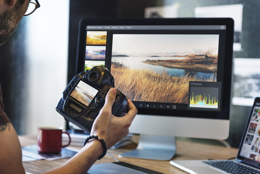 Need to understand compression? From this article, you will know exactly what compression in photography is, its essence and how to compress your digital photos.