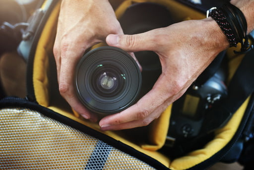 Read this article to find out what you should keep in your camera bag to take your photography game to a whole new level.