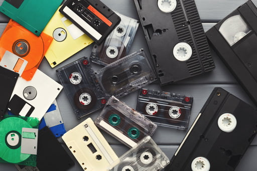 Read this article to learn how to digitize old family photos and videos and protect them from being lost or inadvertently destroyed.